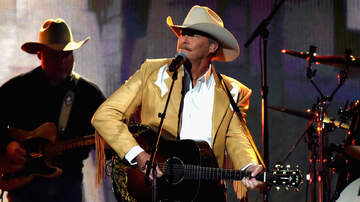 Headlines - Alan Jackson Assembles Undiscovered Talent For 2020 Tour
