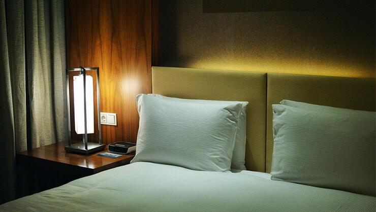 High School Students Find Hidden Cameras In Their Hotel ...