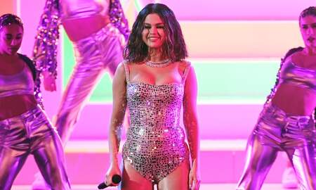 Trending - Selena Gomez Teases Empowering New Song 'RARE': Hear The Snippet