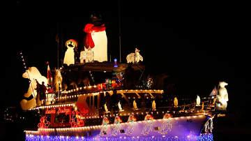Rick Lovett - The Christmas Boat Parade In Clear Lake/Kemah