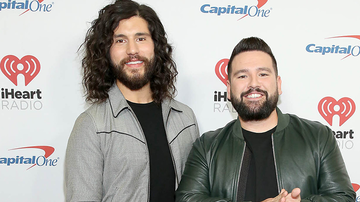 Z100's Jingle Ball - Dan + Shay Plan On Going To The Moon In 2020
