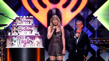 Jingle Ball - Taylor Swift's Purr-fect Birthday Cake At Jingle Ball Featured Her Cats