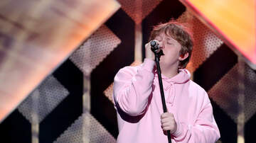 Trending - Lewis Capaldi Covers Vanessa Carlton's A Thousand Miles at Jingle Ball
