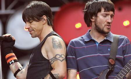 Rock News - Red Hot Chili Peppers Announce John Frusciante's Return To The Band