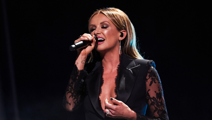 Carly Pearce Releases 'It Won't Always Be Like This' Studio Sessions Video