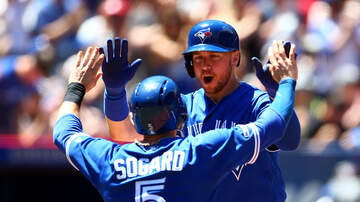 Brewers - Brewers sign Justin Smoak, Eric Sogard to one-year contracts
