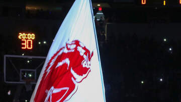 Photos - PHOTOS: Arkansas Razorbacks vs Valpo Crusaders at Simmons Bank Arena 12-21