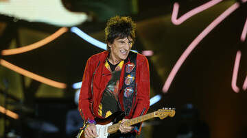 Carter Alan - Rolling Stones Guitarist Ronnie Wood Calls The Band Indestructible
