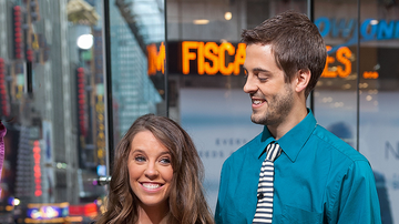 Trending - Derick Dillard's Cryptic Message Reveals Strained Relationship With Duggars