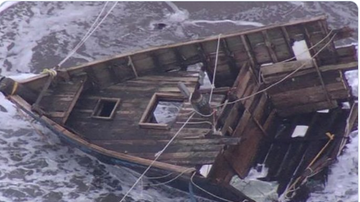 BC - 'Ghost Boat' With Decapitated Heads And Corpses Washes Up In Japan