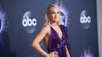 Women of iHeartCountry - Carrie Underwood Shares Most Memorable Moment Of 2019 With Adorable Photo