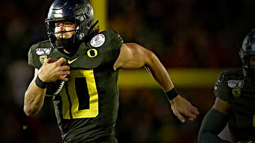 The Jason Smith Show - Oregon Quarterback Justin Herbert Looks Like a Future NFL Draft Bust