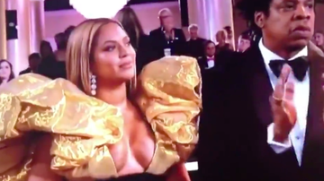 Trending - See the Best Reactions to Beyoncé's Fashionably Late Golden Globes Entrance