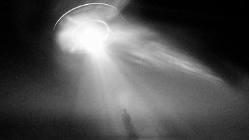 Weird News - Doorbell Camera Seems To Capture Man Being Abducted By Aliens