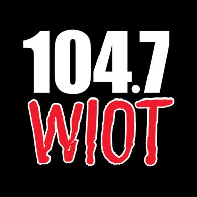 104.7 WIOT logo