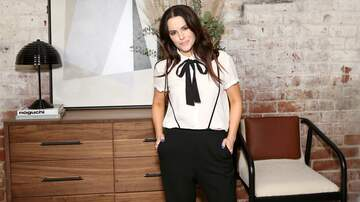 image for PODCAST: Scott interviews Schitt's Creek star Emily Hampshire