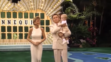 Trending - Pat Sajak's Daughter Turns Letters On Wheel Of Fortune As Vanna White Hosts