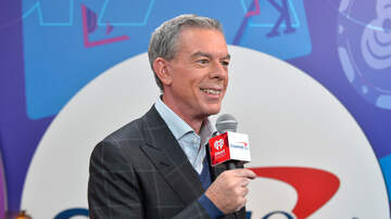 Elvis Duran - Elvis Duran Meets His Neighbor Randomly On-Air