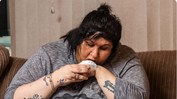 BC - Woman Spends $10.5K On Baby-Powder Addiction, Eats A Bottle A Day