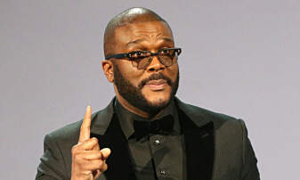 DJ Big Boi - Did you know that Tyler Perry writes his own shows???