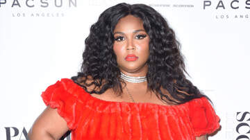 Billy the Kidd - Lizzo hilariously revealed the contents of her famously tiny bag