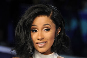 """Cardi B Clears Up Rumors About Deleted Tweets To Remy Ma """"Diss"""""""