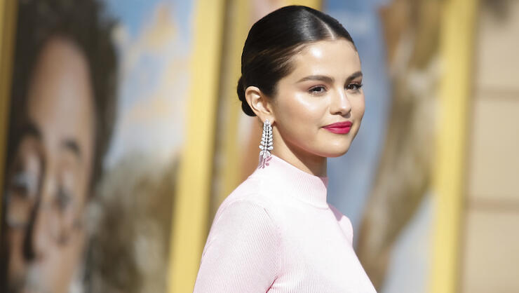 Selena Gomez Commemorates Kidney Transplant With New Tattoo: See The Ink | iHeartRadio