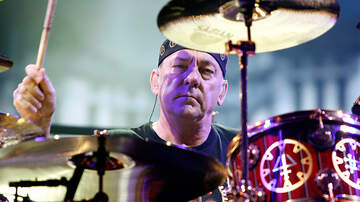 Derek Moore - Tool Pays Tribute To Neil Peart In San Diego