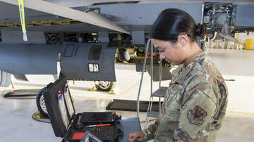 image for F-16 Fighter Maintenance Discovery Changes U.S. Air Force Training Standard
