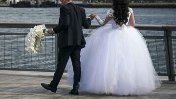 Chris Marino - A Woman Wants To Skip Wedding Of Her Sister Who's Marrying Her Ex
