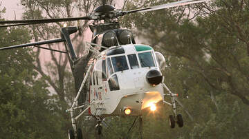 Lisa Foxx - Australia Helicopter Drops 4,600 Pounds Of Food To Hungry Wallabies!