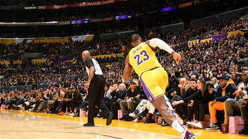 Complete Cavaliers Coverage - LeBron James Leads Lakers Past Cavaliers 128-99