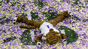 The Bottom Line - The Cops Crashed The LSU Locker Room Post Natty Celebration