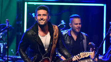 Headlines - Michael Ray Remembers Receiving A Very Special Gift