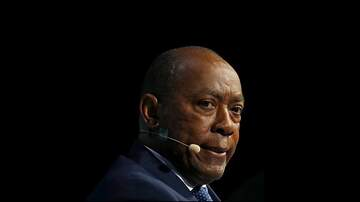 Walton And Johnson - Houston: Mayor Sylvester Turner Requests Refugee Camps For Houston