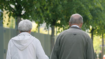 Marcus and Sandy - Couple Together For 58 Years Reunites After 4 Months Apart And It's GOALS!