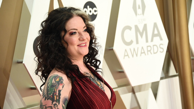 Ashley McBryde Announces New Album 'Never Will'