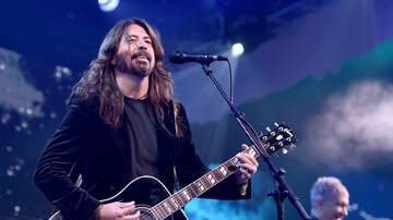 Amelia - Dave Grohl Revealed A Prank That He Still Feels Bad About!