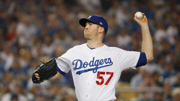 Petros And Money - Alex Wood Talks About Returning To The Dodgers, 2017 World Series & More