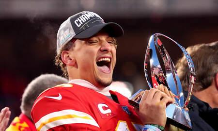 Sports Desk - Chiefs Take Down Titans, Advance To Super Bowl