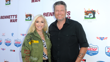 Headlines - Blake Shelton And Gwen Stefani Tease Romantic 'Nobody But You' Music Video