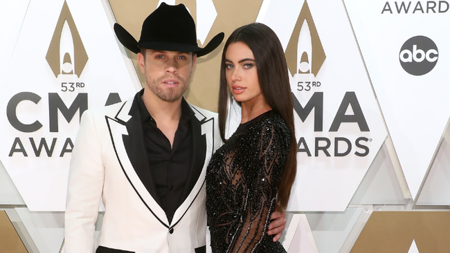 Dustin Lynch Opens Up About His Relationship With Girlfriend Kelli Seymour