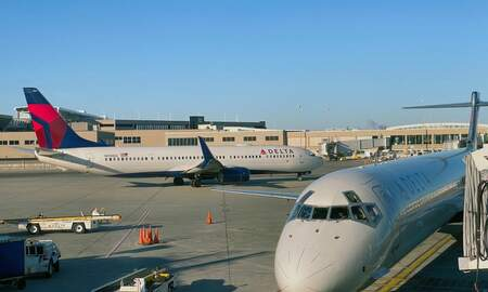 National News - Delta to Give Workers a Total of $1.6 Billion in Bonuses