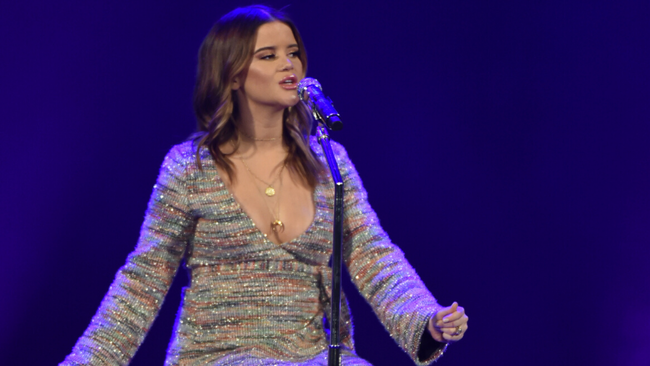 Maren Morris Shares Crop Top Baby Bump Photo In Her Third Trimester