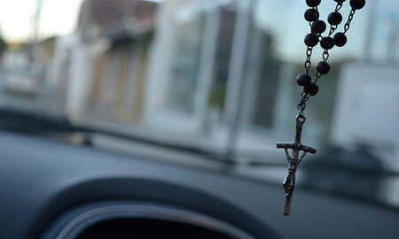 Weird News - Pennsylvania Woman Drives Into Oncoming Traffic To 'Test Her Faith'