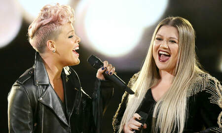 Entertainment News - Kelly Clarkson Co-Signs Pink's Pledge To Age Gracefully With One Exception
