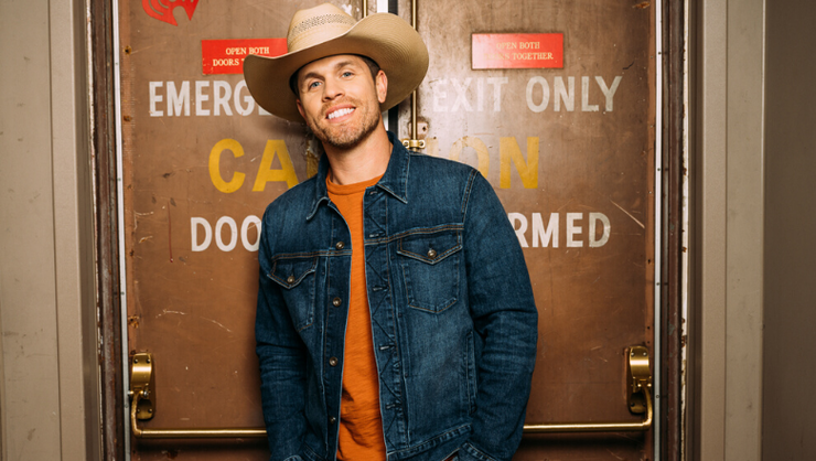 Dustin Lynch Talks New Album, Upcoming Tour And His First Break Up