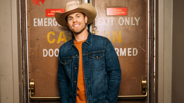 iHeartCountry - Dustin Lynch Talks New Album, Upcoming Tour And His First Break Up