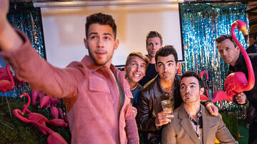 Imari - The Jonas Brothers Go Day Drinking And Make Tipsy Music With Seth Meyers
