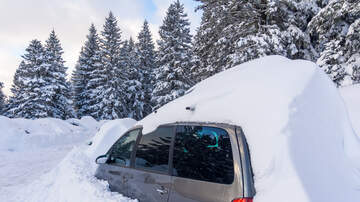 The Keith Show - A Woman Forgot to Roll Up Her Car Window Before the Canadian Blizzard